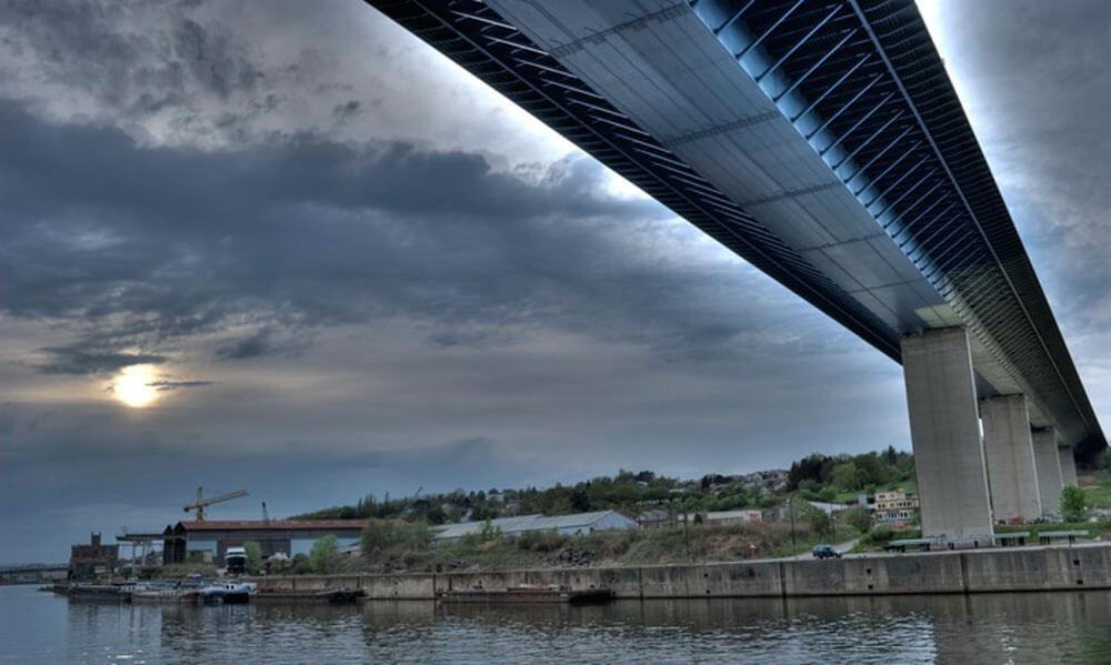 viaduct-beez-maas